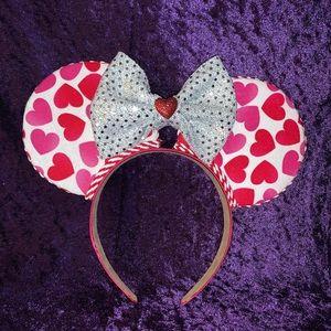 Heart disney ears